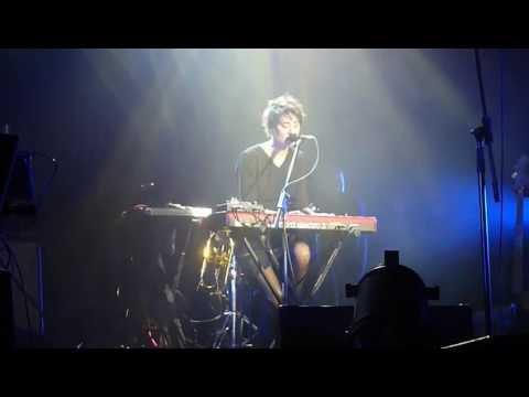 Земфира - Жить в твоей голове (Волгоград 9.10.2013) (видео)