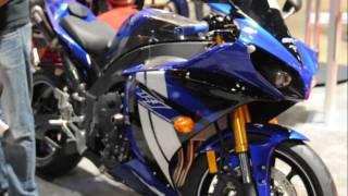 7. 2012 Yamaha YZF R1 BLUE Cross Plane Crankhaft Walk Around Video. SEXY Girls Models. Motorcycle VLOG