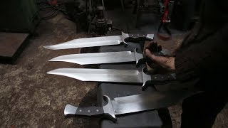 Video Forging 4 Bowie knives out of semi truck leaf spring steel, the complete movie. MP3, 3GP, MP4, WEBM, AVI, FLV Juni 2019
