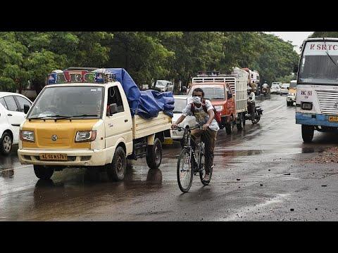 Ινδία: Ανησυχία για την καμπύλη