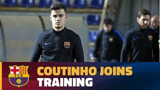 Download Video Coutinho joins his new team-mates for part of the session before the match against Betis MP3 3GP MP4
