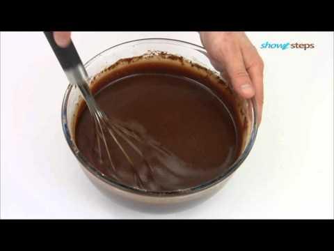 Как испечь простой шоколадный торт