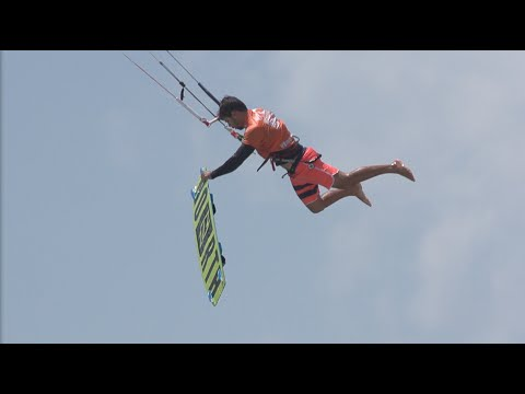 incredible tricks for the big air finals:virgin kitesurf world champions
