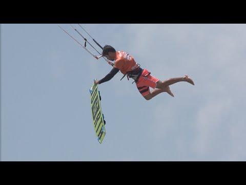 incredible tricks for the big air finals:virgin kitesurf world champions