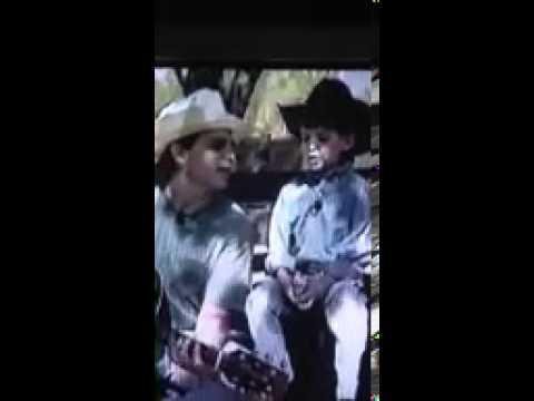 Little Thomas Rhett sings Joe Diffie with his Dad - Rhett Akins