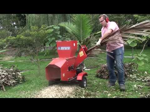 Triturador de galhos Lippel - Bio 90 G - Duas bocas de alimentação com motor a gasolina
