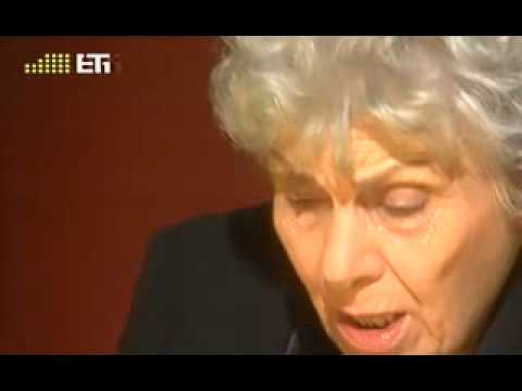 Video - Κική Δημουλά: Η ζωή της με τα δικά της λόγια