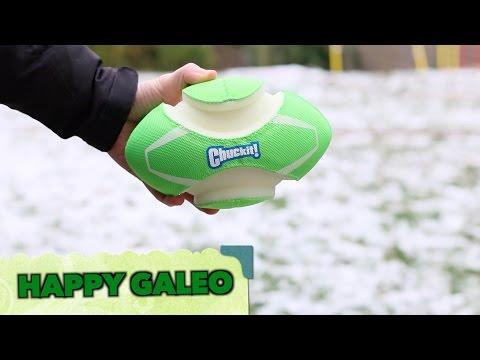 Gewinnspiel + Produkttest Chuckit! Fumble Fetch Max Glow Hunde Rugby Ball leuchtet im Dunkeln