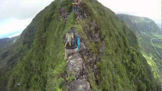 Hawaii Ridge Hiking