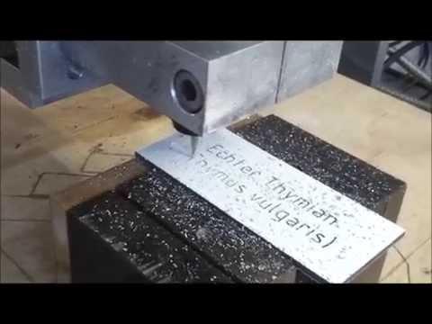 Eigenbau CNC-Fräse: Pflanzenschilder gravieren