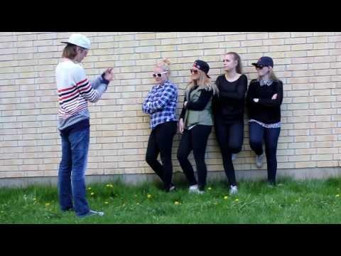 Musikvideo - musikvideo till Flytta på dej - Alina Devecerski Av: Amanda Hemgren, Janika Anttila, Jesper Larsson, Hanna Andersson, Linda Aramo Prolympia,Gävle.
