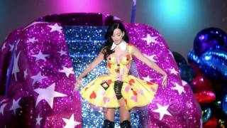 Katy Perry Teenage Dream Hot N Cold Best Perfomance Victoria's Secret Fashion Show 2010 HD