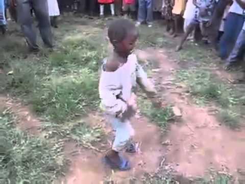 Thánh quẩy bá đạo nhất Châu Phi :D