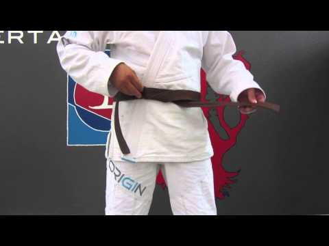 SCNWeV Jiu Jitsu (Ju Jutsu) / Den Obi (Gürtel) richtig knoten / Tying the belt