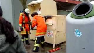 Video Feuerwehr in Mannheim MP3, 3GP, MP4, WEBM, AVI, FLV Mei 2017
