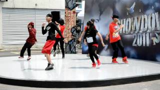 Nonton bounce stepperz showdown 2011 audition Film Subtitle Indonesia Streaming Movie Download