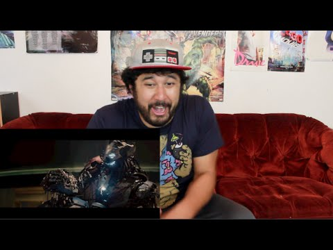 peek - Well that didn't take long...here's another SNEAK PEEK or a 2ND TRAILER of THE AVENGERS: AGE OF ULTRON!!! This is Ryan's reaction!!! twitter.com/TheReelRejects twitter.com/DaReelRyanRight...