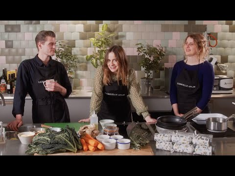 A Christmas Vegan Roast with Gabrielle Aplin, Hannah Grace and Alfie Hudson-Taylor #FoodWithFriends