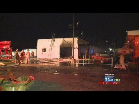 Fire destroys Shaffer Investment Auto in Decatur