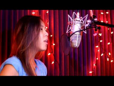 Tuav txoj kev hlub cia by Kassie and Joy [girl Version]