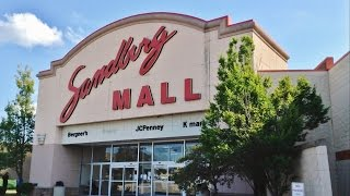 Galesburg (IL) United States  city pictures gallery : Sandburg Mall in Galesburg, IL - June 2016