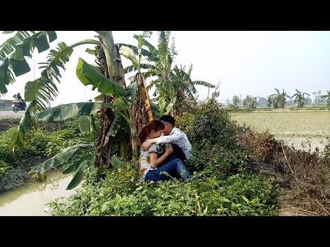 Bất ngờ cậu bé bán dưa bắt gặp Đôi Nam nữ yêu nhau ngoài đồng_hài ca nhạc Nguyễn Vịnh - Thời lượng: 6:07.