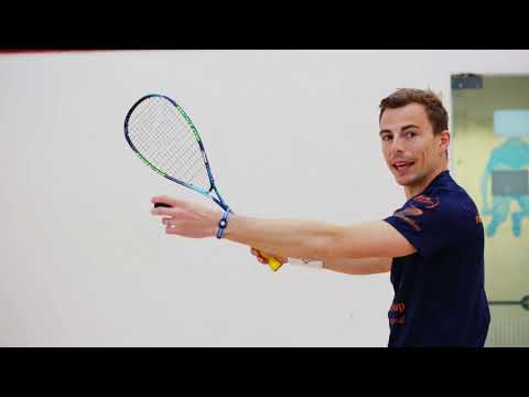 Squash tips: Guide to volleying - Importance of creating space