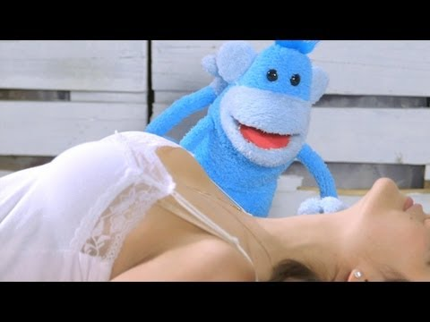"""Tommy Trash - """"Monkey In Love"""" (Official Video)"""