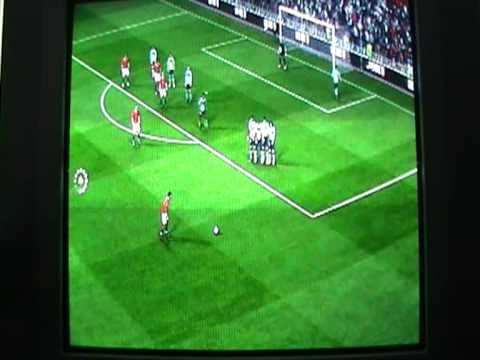 crazymonkey2007 - Free kick by Nani while playing Fifa 11 online.