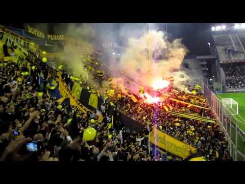 Peñarol contra Velez - Recibimiento en Liniers - Barra Amsterdam - Peñarol