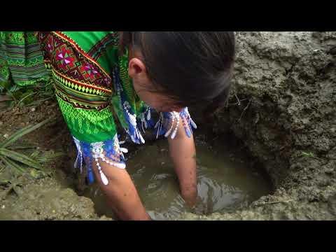 Survival Skills  Unique Fishing Catch Big Catfish In Deep Pits - Amazing Fishing Skills