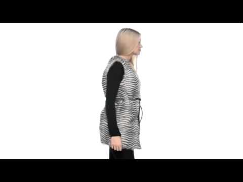 Betsey Johnson - Vest Faux Fur  SKU:#8087677
