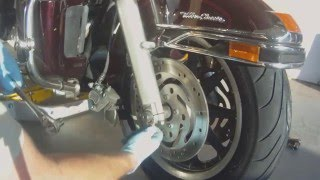 9. Harley Davidson Ultra Classic Front Wheel Removal Replacement