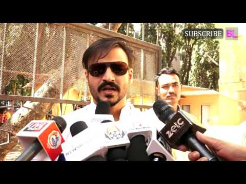 Vivek Oberoi Casts VOTE At BMC Elections 2017