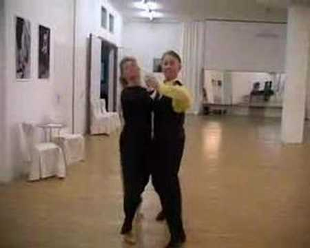 Квикстеп. Школа танца в Бёрне.