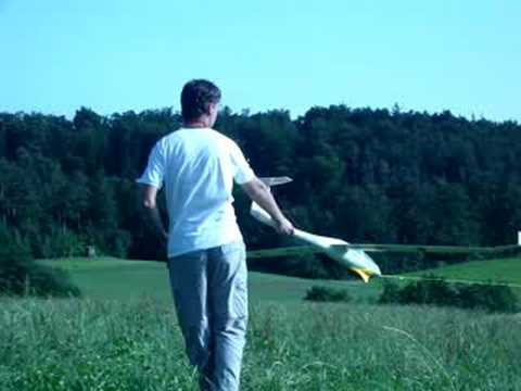 DG1000 rc - launching and flying the DG-1000.