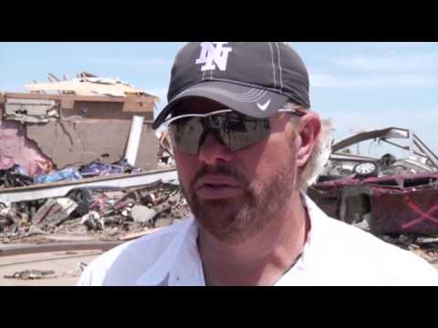 Toby keith tours the Tornado damage in Moore, Ok.