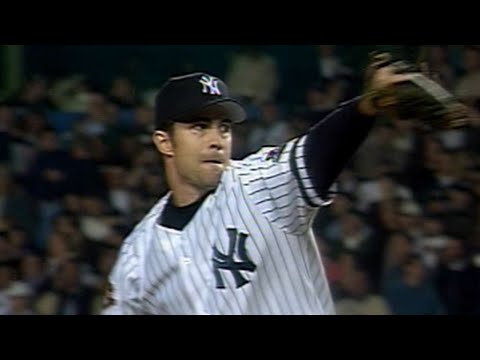 Video: Mussina K's 10 over 8 innings in 2001 WS Game 5