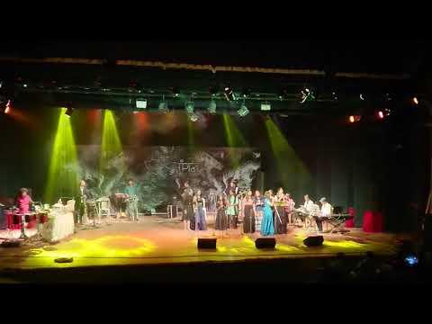 Video Awaara Bhanware... 25 /12 /2017 download in MP3, 3GP, MP4, WEBM, AVI, FLV January 2017