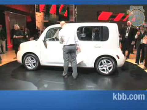 2010 Nissan Cube Auto Show Video - Kelley Blue Book
