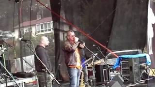 Video Národ Sobě - Plove vor - live in Dunění rockových tamtamů