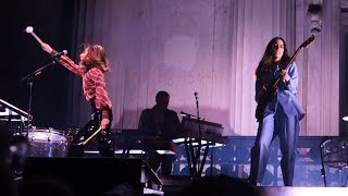 Haim - My Song 5 – Live in Berkeley