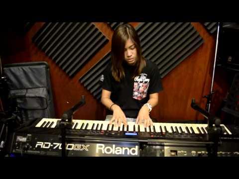 เมดอินไทยแลนด์ Made in Thailand(Re-arrange)  - Grand ma' Smile Band (видео)