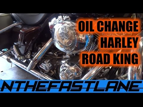 "Oil Change Harley Road King Custom 05 ""How To"""