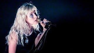 Video Hayley Sings With Her Heart MP3, 3GP, MP4, WEBM, AVI, FLV Januari 2018