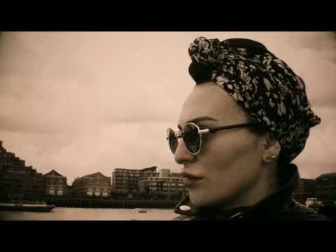 Edona Reshitaj 'në rrugët e këtij qyteti' (Video)