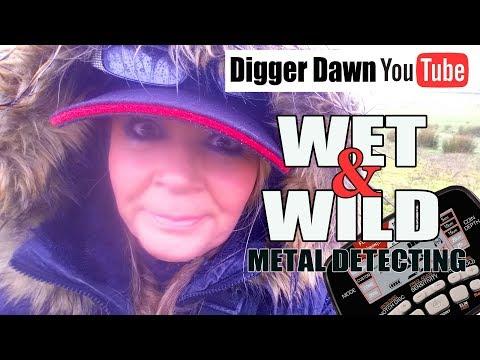 Wet and Wild METAL DETECTING - Its a good job my Garrett AT Max is waterproof!