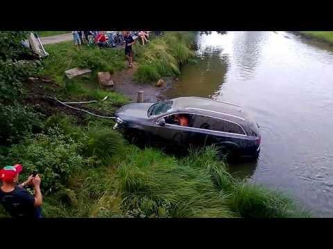 утопил авто на рыбалке видео