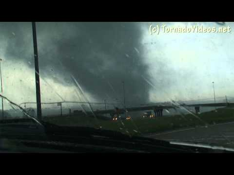 YouTube Video - Tornado del 15 aprile 2011 in Mississipi (fonte TornadoVideosdotnet)