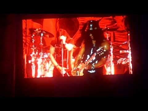"""""""Sweet Child O' Mine"""" – Slash with Myles Kennedy and The Conspirators @ Naperville Ribfest 7-5-2013"""